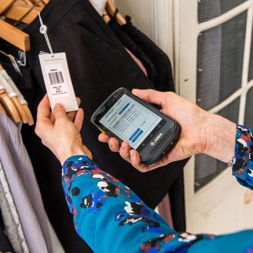 smartphone code barre zebra tc20